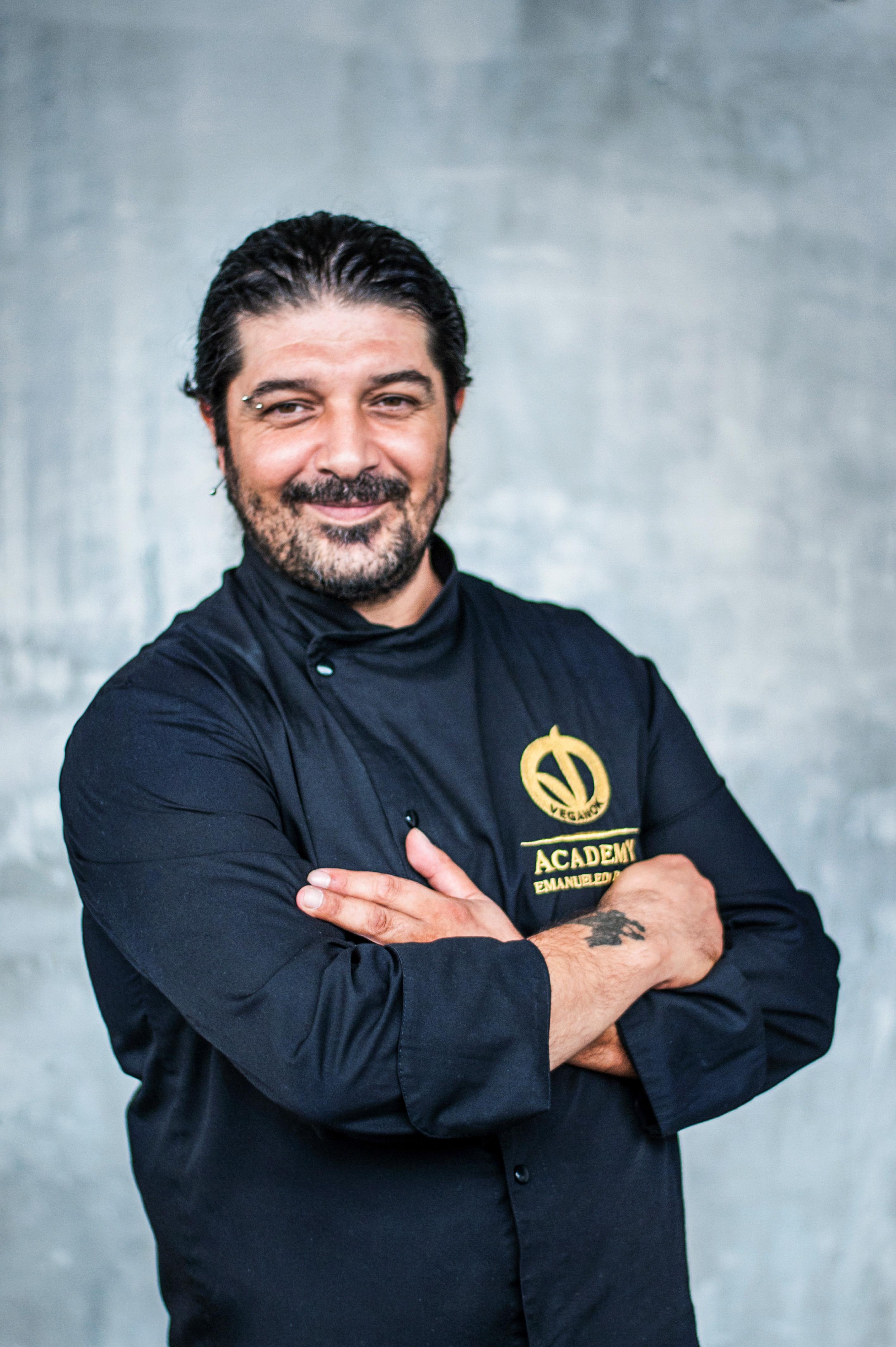 docente-veganok-academy-emanuele-di-biase